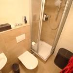 Svetlý, priestranný 3,5 izbový byt s terasou, garážovým státím a súkromným wellness.