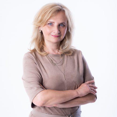 Jana Hoozová - senior real estate agent