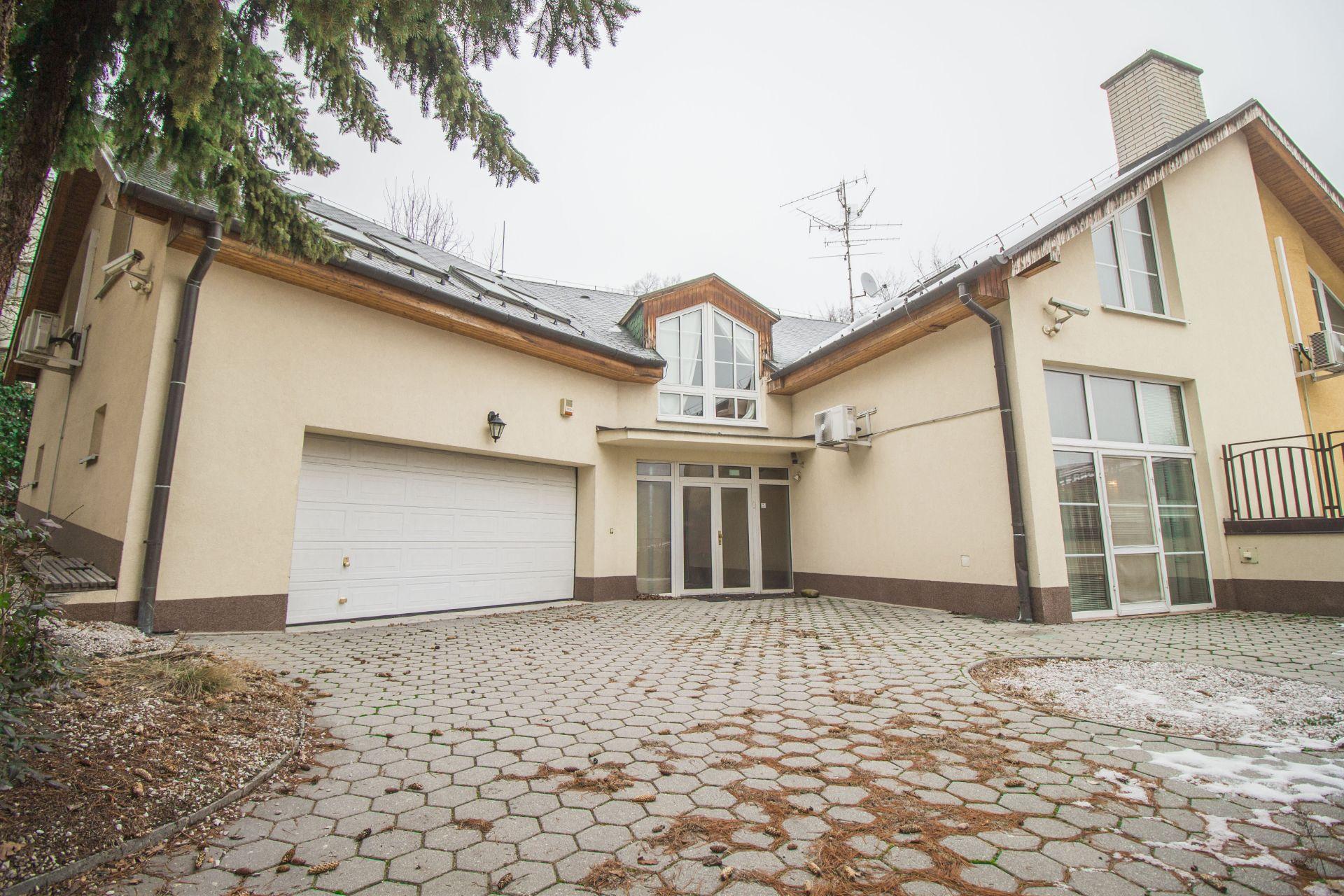 ulica Sološnícka, 841 04 Bratislava