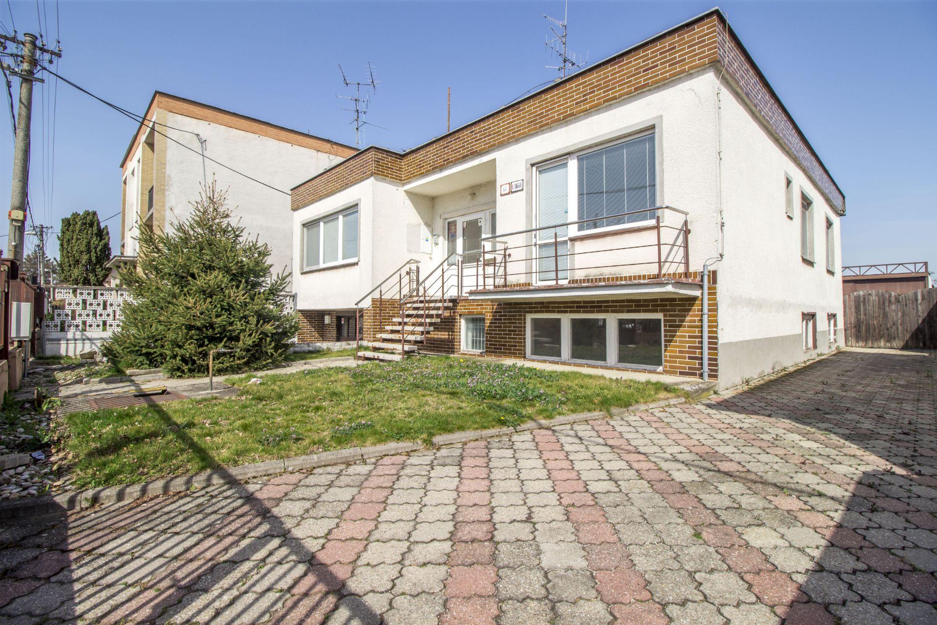 Amurská 61, 821 06 Bratislava