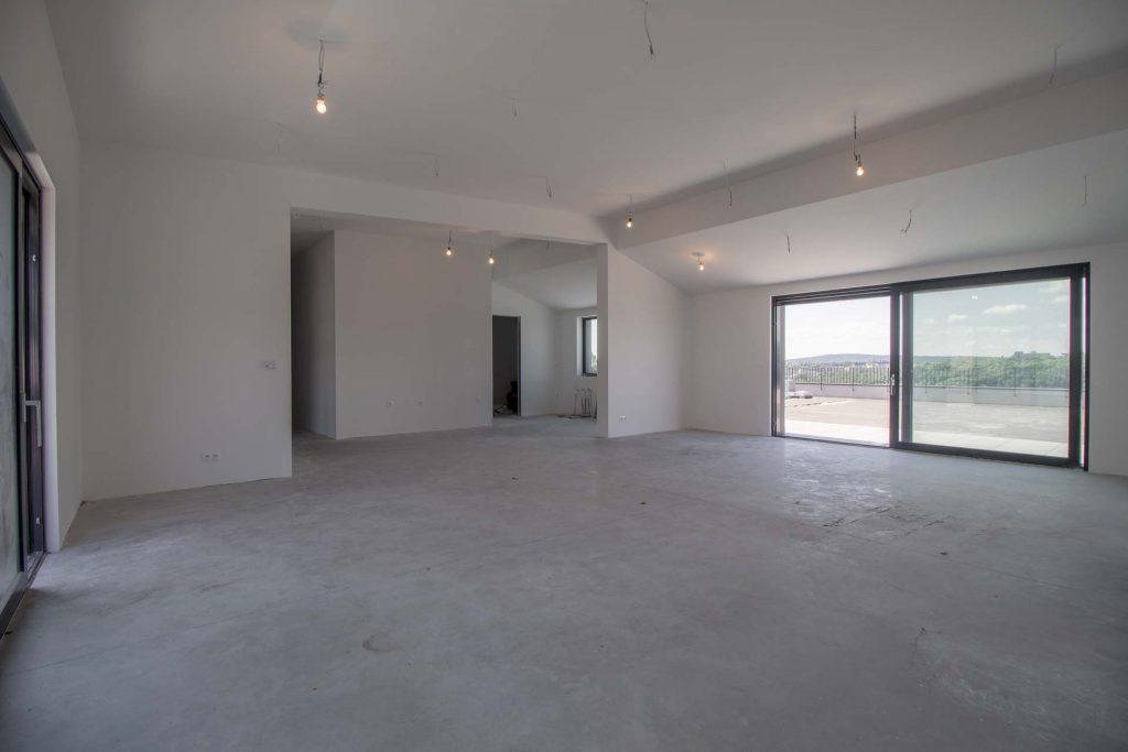 Ďumbierska 3, 831 01 Bratislava - Kramáre, 4 izbový penthouse