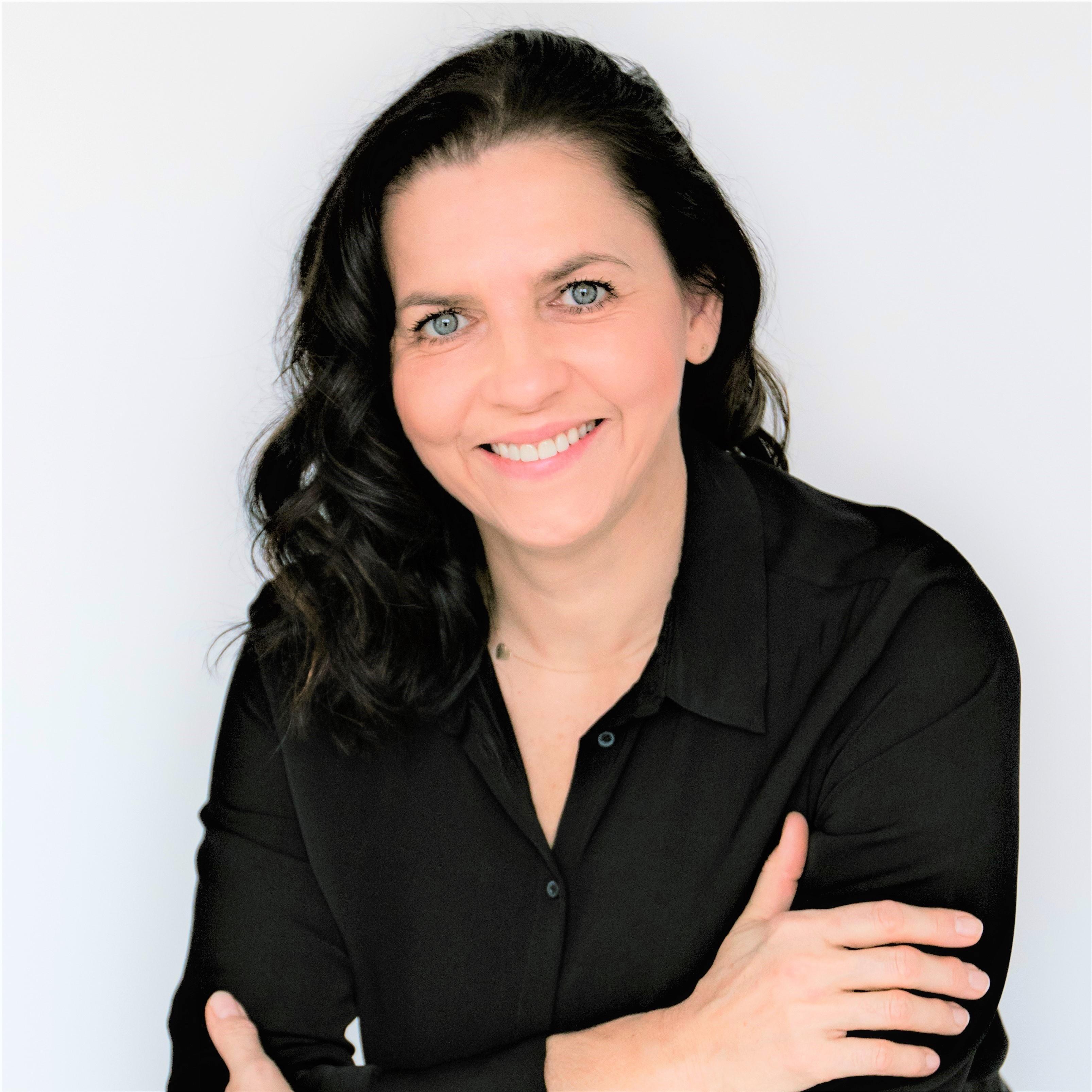 Lucia Kožíková - senior real estate agent